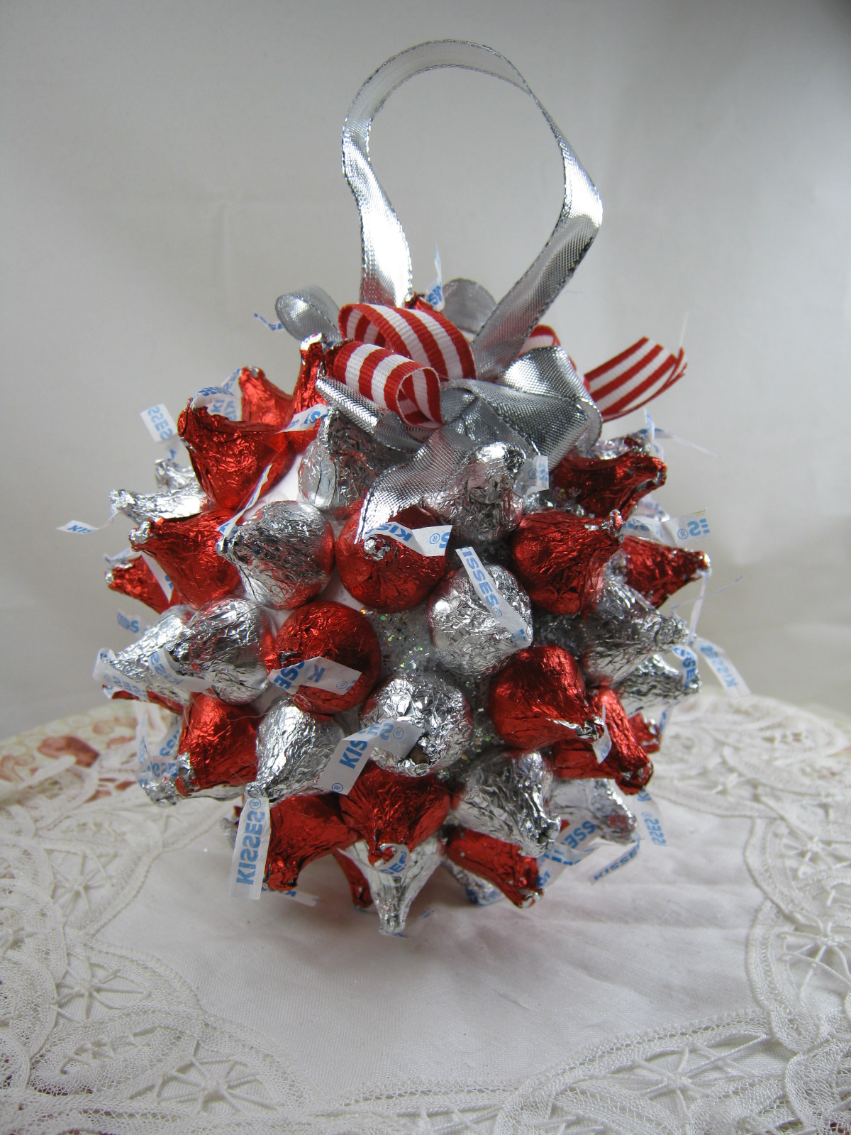 National Craft Month: Chocolate kiss ornament | Smoothfoam