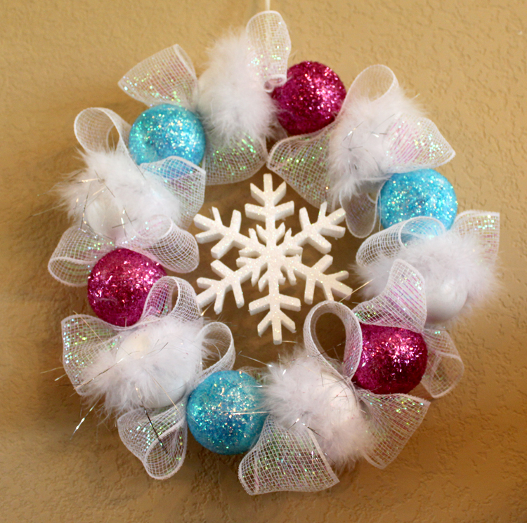Smoothfoam Frosty Wreath