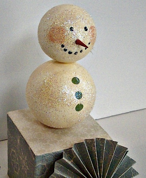 Smoothfoam snowman assembly