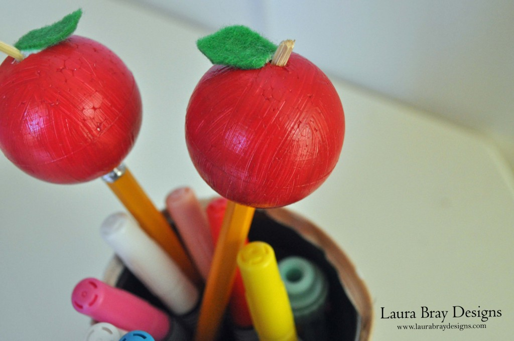 Apple Pencil Topper Close-up