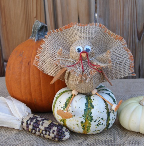 Smoothfoam burlap turkey decoration