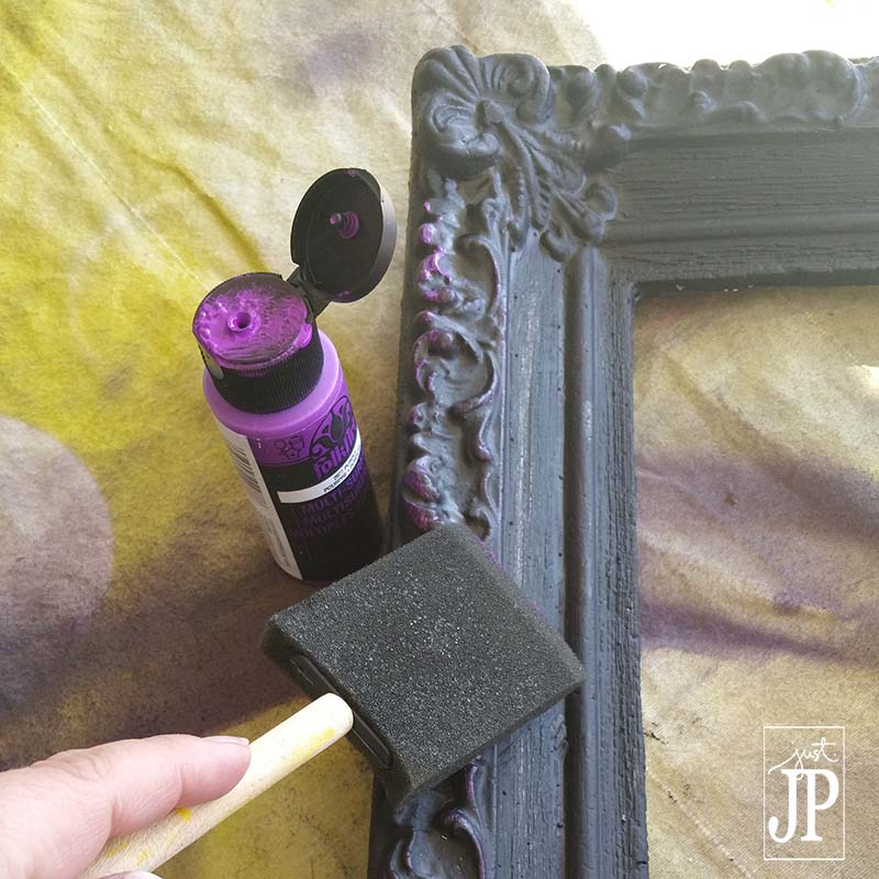Add Dimension with Acrylic Paint on the details of an Ornate Frame - Smoothfoam JPriest