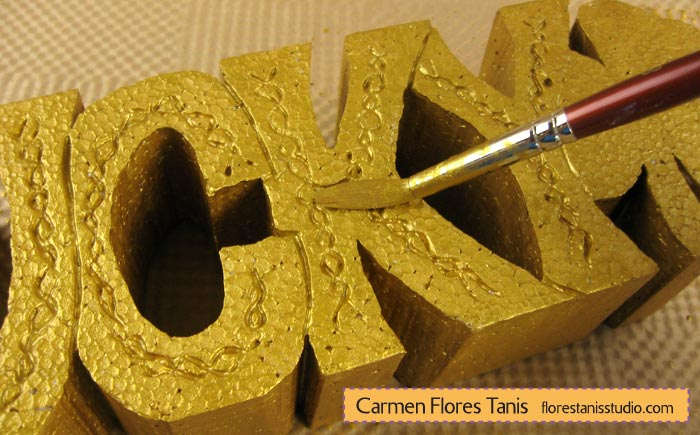 Smoothfoam-Carved-Lucky-Shamrock-Decoration-by-Carmen-Flores-Tanis-Step-4